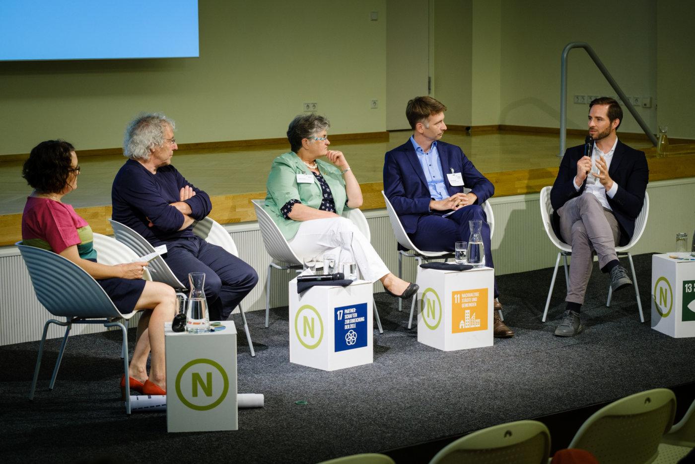 """Themenforum auf der 19. RNE-Jahreskonferenz zum Thema """"Klimaneutrale Mobilität – was kommt, was stört, was geht?"""", Foto: André Wagenzik/Andreas Domma © Rat für Nachhaltige Entwicklung (RNE)"""