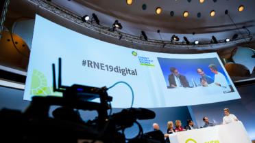 """Themenforum auf der 19. RNE-Jahreskonferenz zum Thema """"Digitalisierung – wie denken wir das Neue?"""", Foto: André Wagenzik/Andreas Domma © Rat für Nachhaltige Entwicklung (RNE)"""