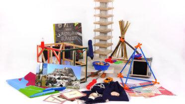 """Materialkiste Abenteuer Bauen aus dem Projekt """"Eine Welt in der Schule"""" Foto: © Grundschulverband e.V."""