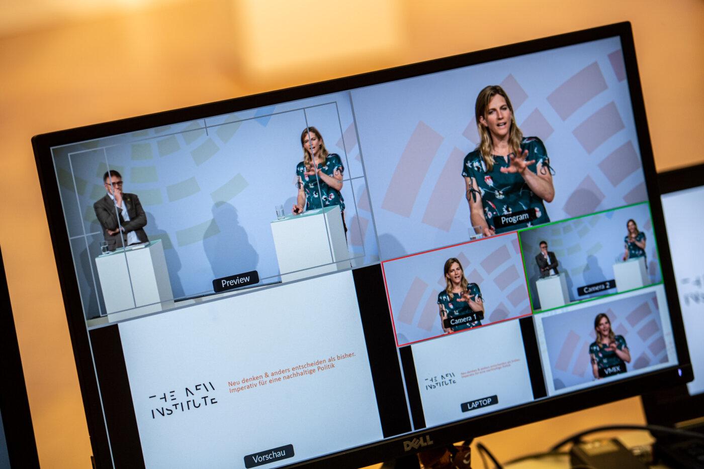 """Themenforum """"Neu denken und anders entscheiden als bisher – Imperativ für eine nachhaltige Politik"""" auf der 20. Jahreskonferenz des Rates für Nachhaltige Entwicklung am 08.06.2021 (Online-Konferenz). Foto: Ralf Rühmeier © RNE"""