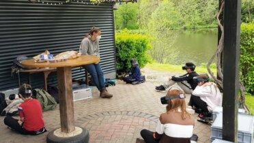 Virtuell ins Meer gebeamt – Workshop mit einer Schulklasse. Foto: © The Blue Mind