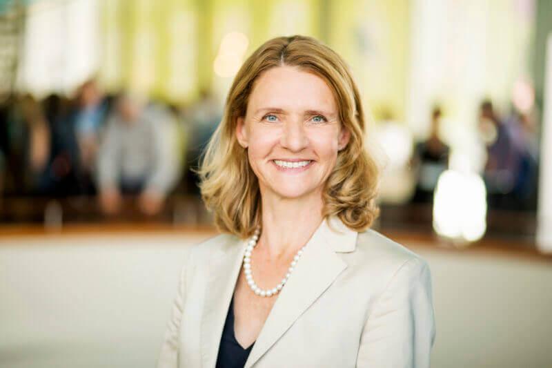 """Prof. Dr. Lucia A. Reisch, Foto: Andreas Weiss, © Rat für Nachhaltige Entwicklung"""" (3 MB)"""